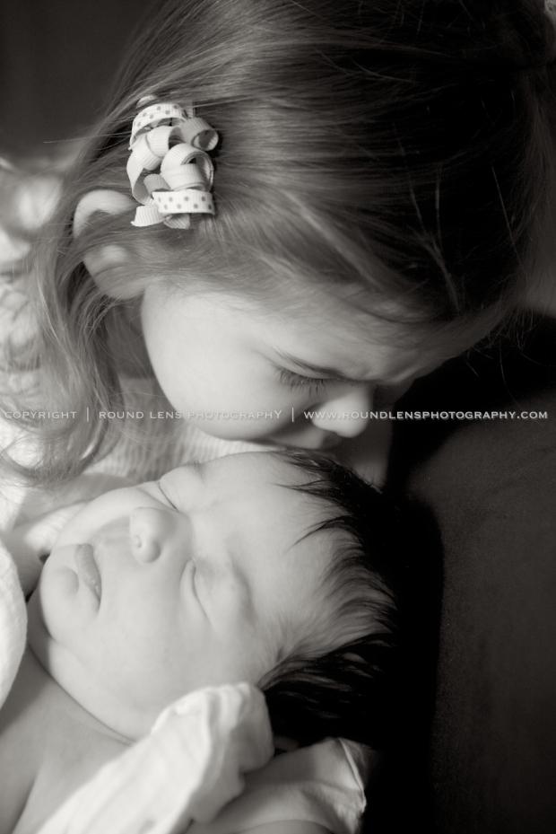 molly taziolli newborn 1