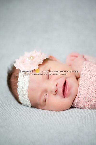 Alyssa Newborn 52-L